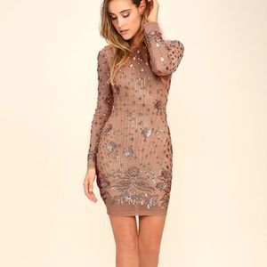 Gold Sequined Bodycon Long Sleeved Mini Dress - XS